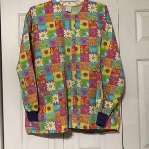 Hice 2 pocket scrub jacket.